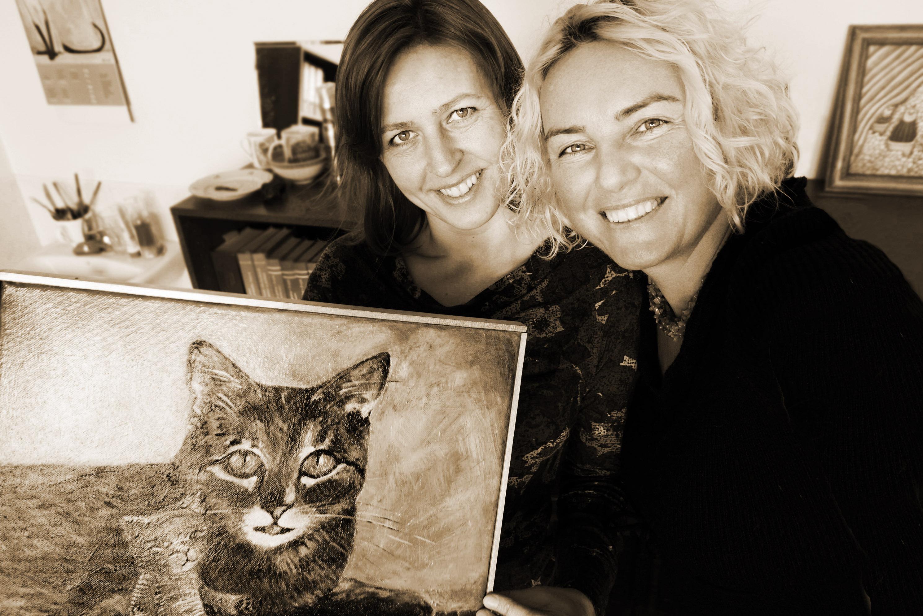 Kočičí obrazy Romany Štrynclové mají své příběhy a básně